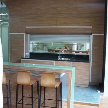 IP WEST Irodaház kávézó