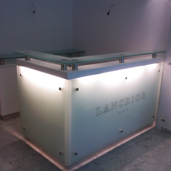 Lancrior üzlet pult